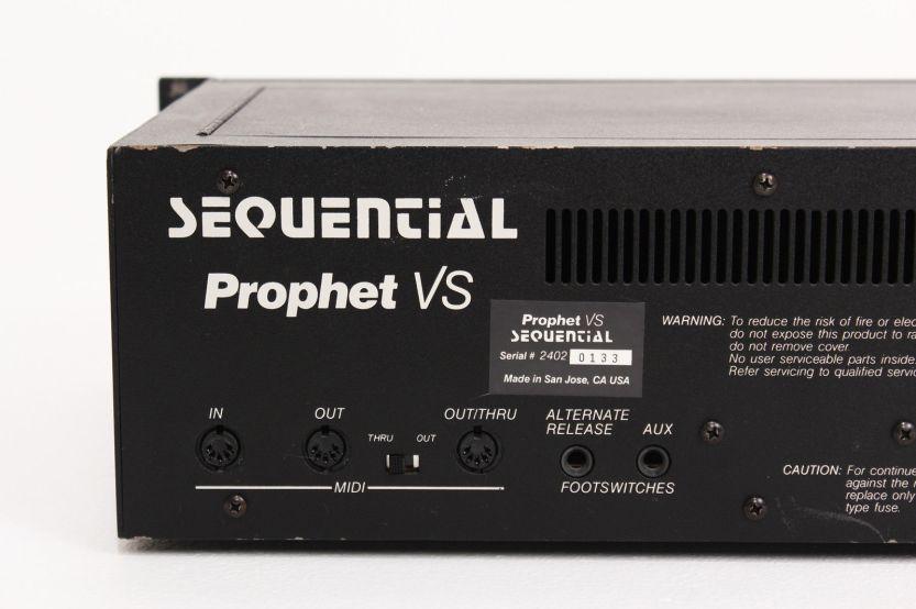 5935cfa335dd8_sequential-circuits-prophet-vs-rack(7).jpg.626dda48decd35c10b802ed44b6f5102.jpg